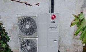 Pose d'une  pompe à chaleur air-eau LG